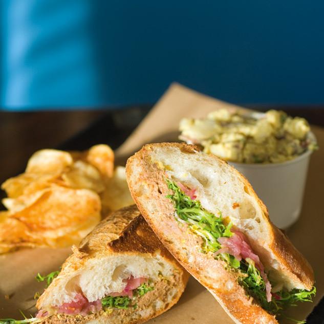 03 102 dine bunk sandwiches hflzbd