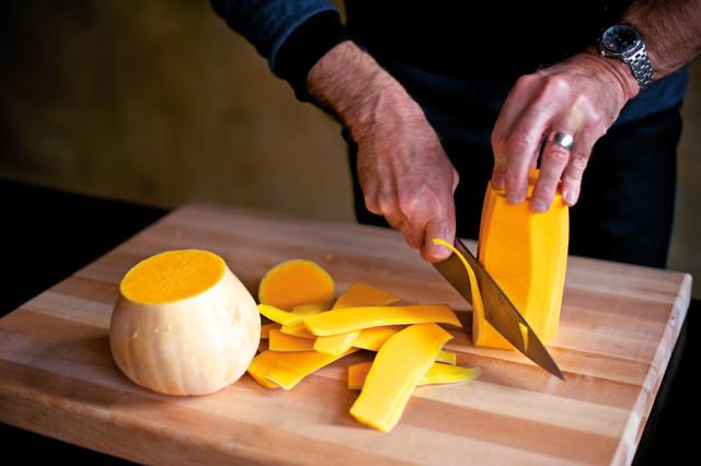 slicing squash