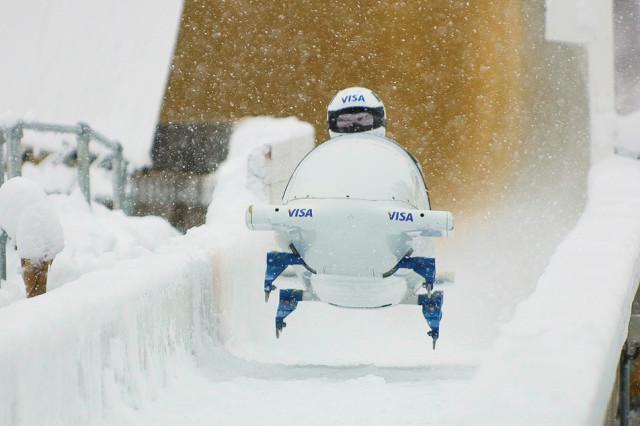 0809 112 olympic bobsled dnrebd