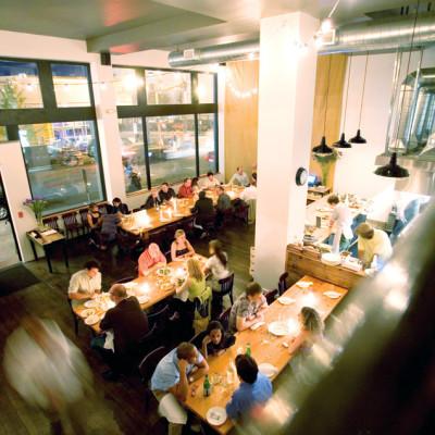 0709 pg182 dining inn style wdxri6