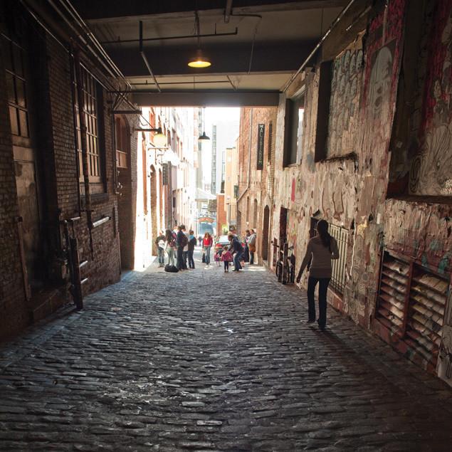 Pike place market dark alley dyxbob