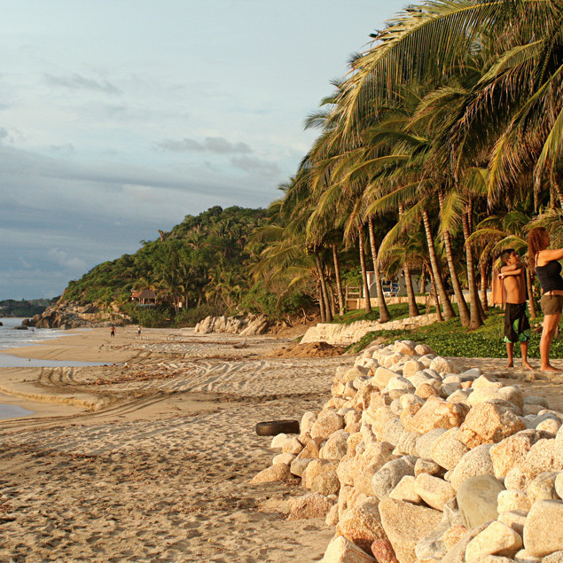 0911 041 beach smjqrc