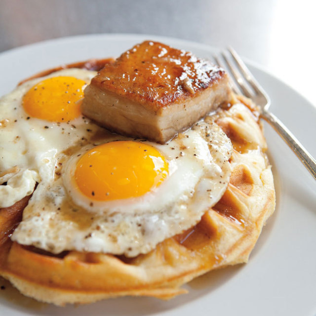 Skillet eggs waffle seattle hg0jfo