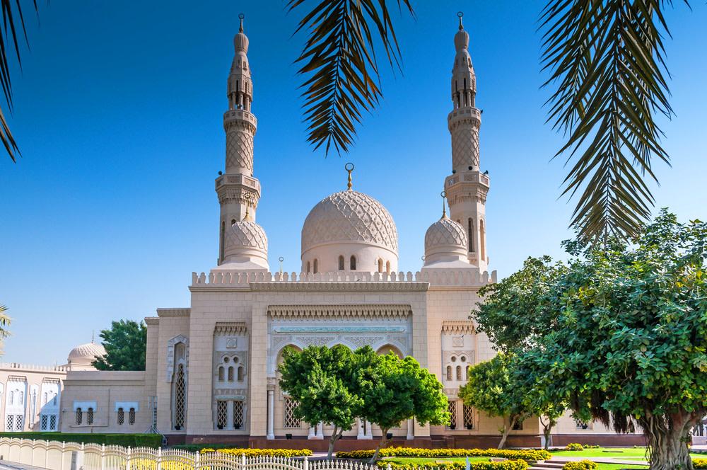 Jumeirah mosque  dubai vkfam4