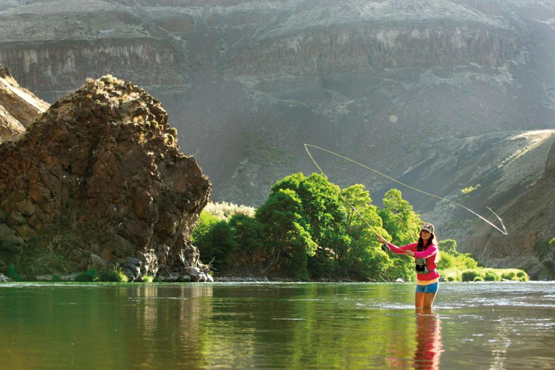 Best river retreats in oregon and washington portland for Fishing in portland oregon