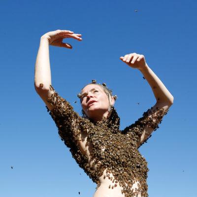 Sara mapelli bee queen 03 rlsgue