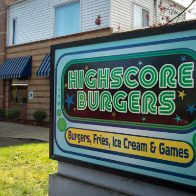 Highscore burgers 13 zhjuiw