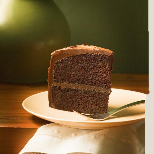 0802 pg097 savor cake njlae6