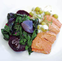 salmon with gooseberry creme fraiche sauce