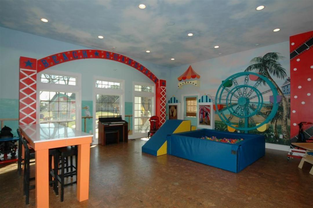 In keeping with Extreme Makeover s tendency toward excess  each of the  eight bedrooms has a different theme and the game room is even decorated to  resemble. i Extreme Makeover  Home Edition  i  Kemah Redo for Sale   Houstonia