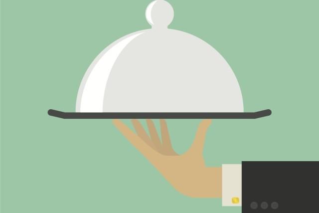 Waiter shutterstock dyoq3k