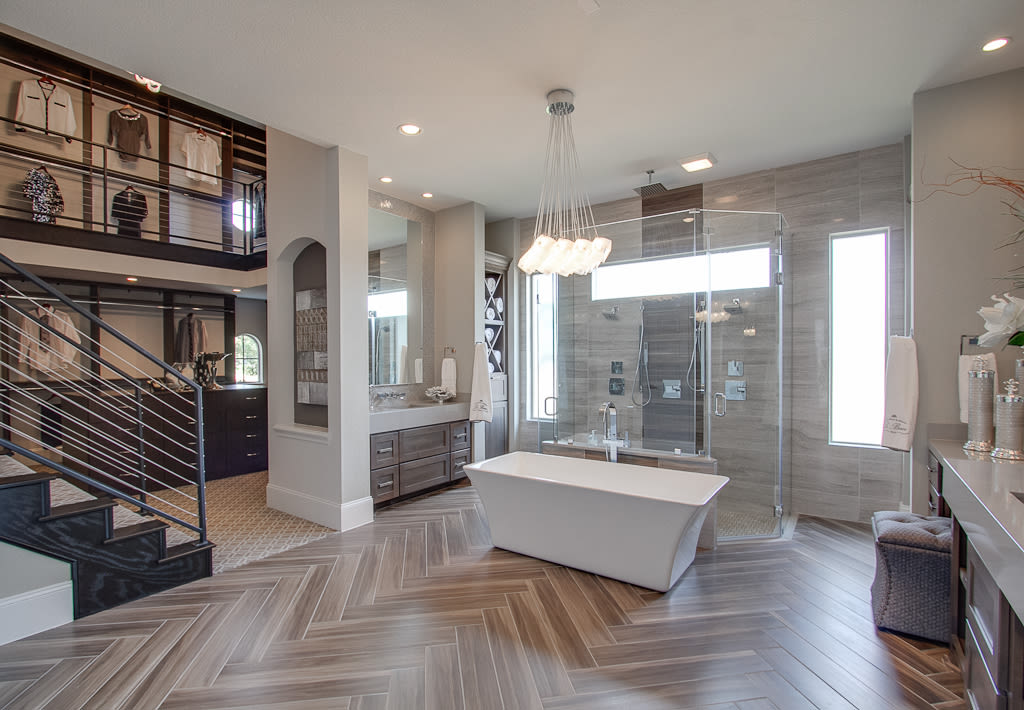 Is this the prettiest model home in america houstonia for Model home bathroom photos