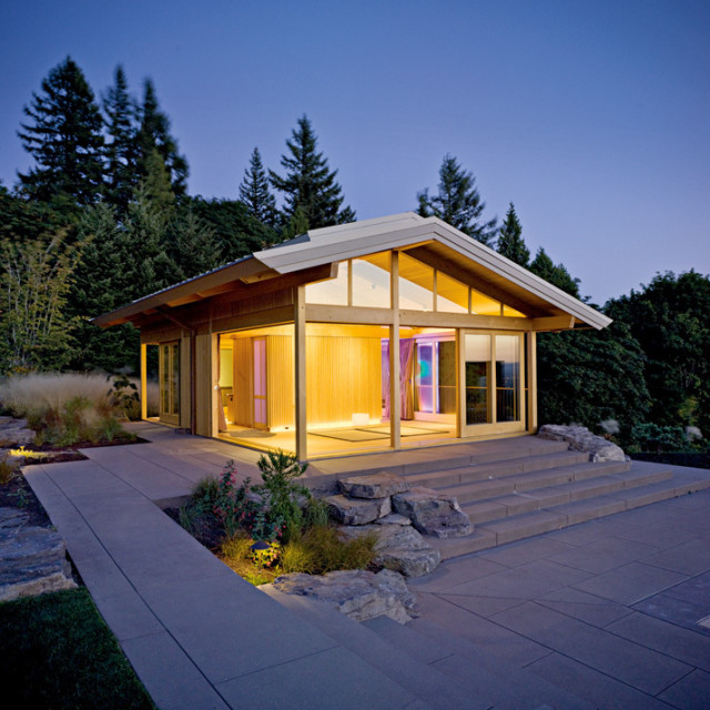 08 34 habitat glowinghouse c74arg