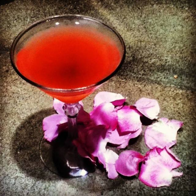 the elderberry cocktail