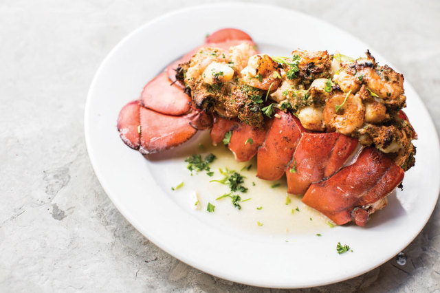 0615 table lobster tail jonathans the rub aab15j