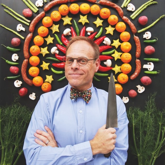 0215 alton brown tour photo 2 132 igeyrt