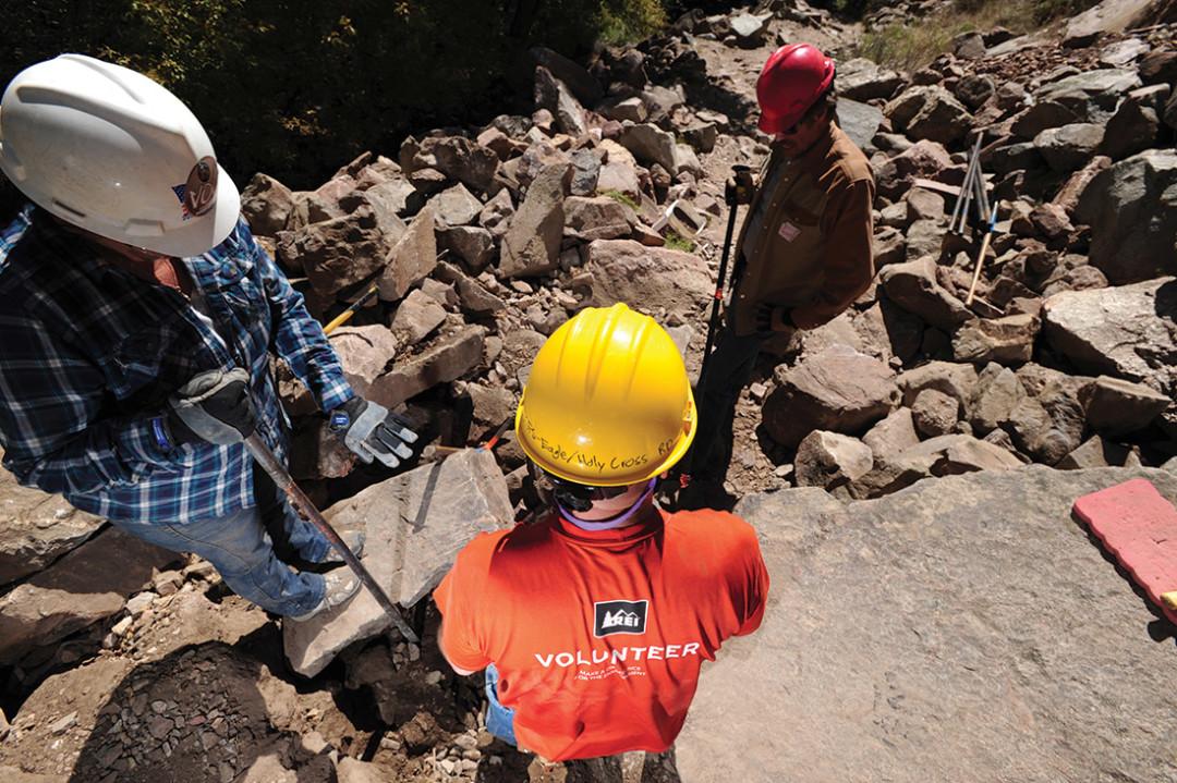 0515 volunteer builders aipzov