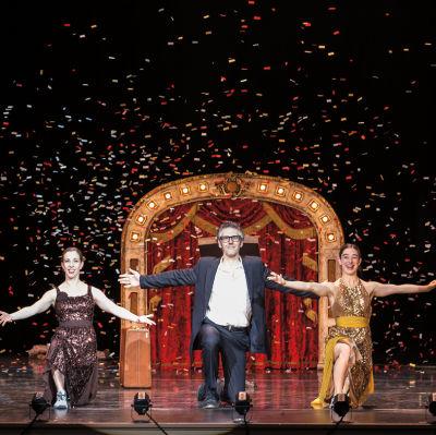 Trio confetti photocredit david bazemore yhxpae