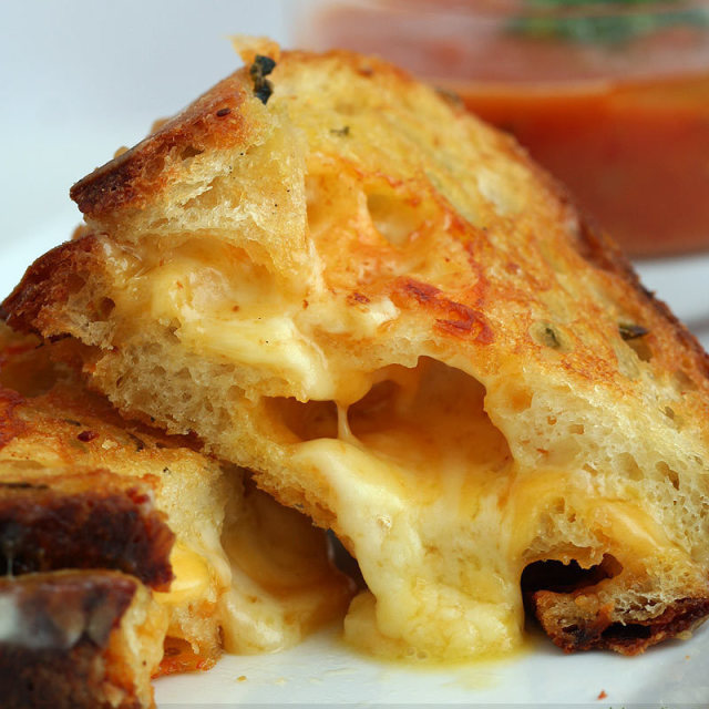 Grilled cheese3 reygqf