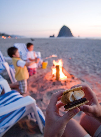Surfsand Resort's bonfire s'mores at Cannon Beach