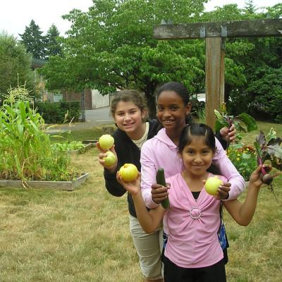 Growing gardens girls eztutu