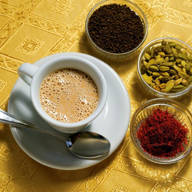 12 078 eat drink pour chai t8uj1t