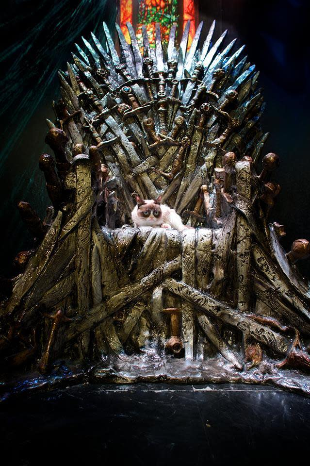 Iron throne xn8ipc