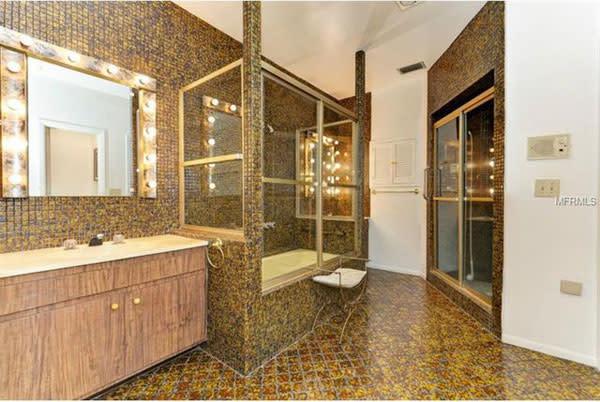 10bathroom3 sjgrhv