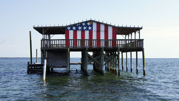 florida houses on the water. bestamericanstilt600saramag1 zvcvsw patriotic themed stilt house florida houses on the water t