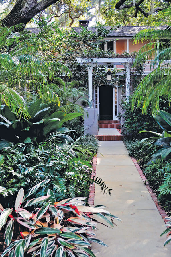 Gardens in paradise dsc 1025 weoo01