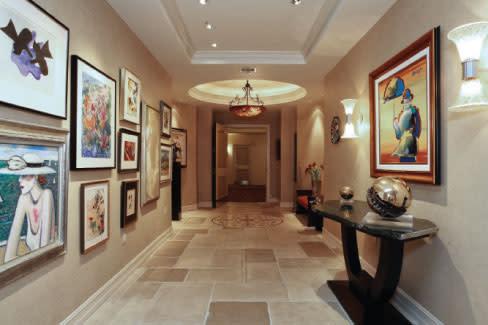 Hallway iho92n