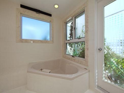Bath h9y50e