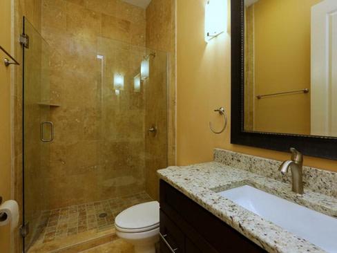 Bathroom1 hxfbtv