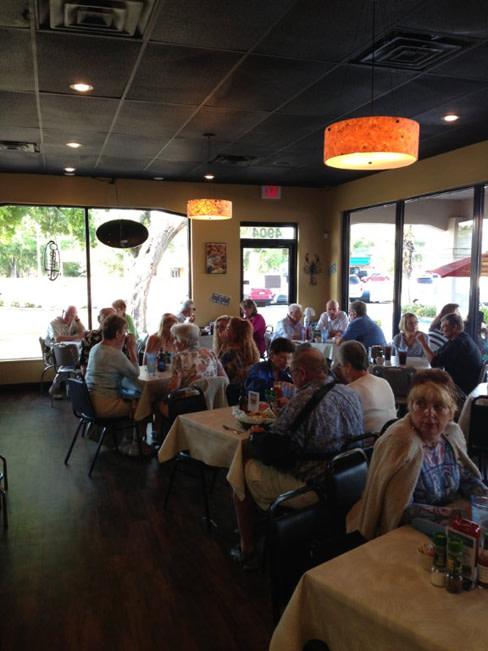 Sarasota restaurants kacey 39 s seafood and more opens on for Sarasota fish restaurants