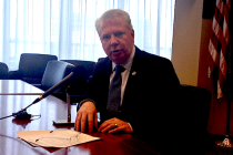 Thumbnail for - Extra Fizz (or Jolt): Mayor Murray's Communications Director Out