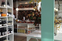 Thumbnail for - Renee Erickson's Restaurants Will Abolish Tipping