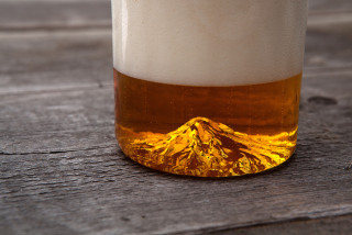 Thumbnail for - North Drinkware Puts Mt Hood in a Pint Glass