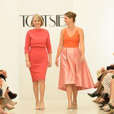 Thumbnail for - Dress for Dinner: The 2015 Fashion Gene Awards