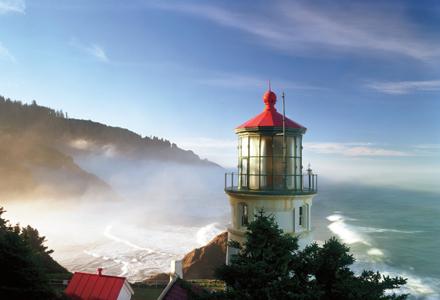 Oregon-coast-lighthouse_j5iwtz_ei9ioe