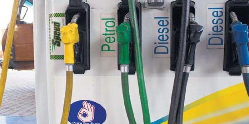 Petrol crosses Rs 75 per litre in Delhi