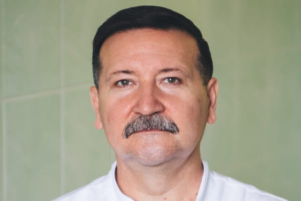 стоматолог/терапевт Ринат Абдулаевич