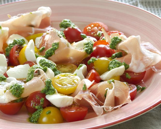 tomatsalat-med-mozzarella