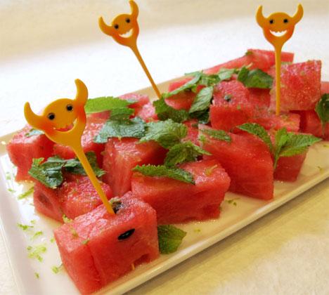 Vannmelon tar lett til seg annen smak. Klikk på bildet for hele oppskriften. (Foto: Helle's Kitchen)