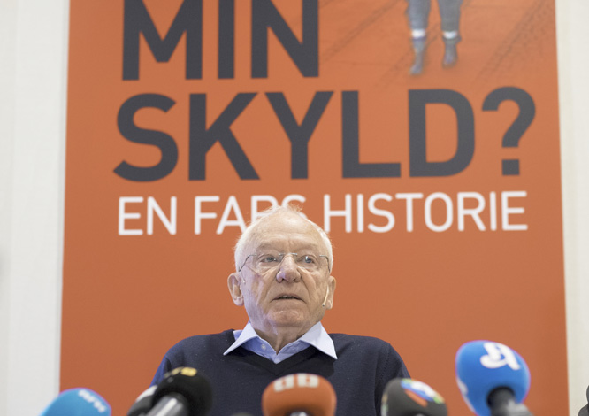 Jens Breivik møtte pressen i dag. (Foto: Scanpix)