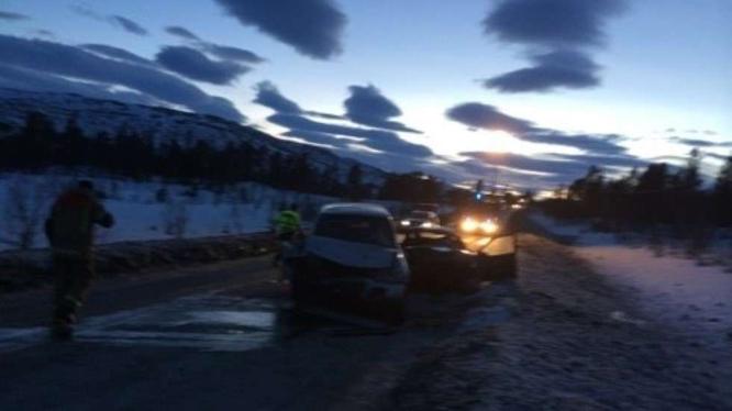 Ulykken skjedde på E39. (Foto: Jan Erik Runhaug/Avisa Sør-Trøndelag)