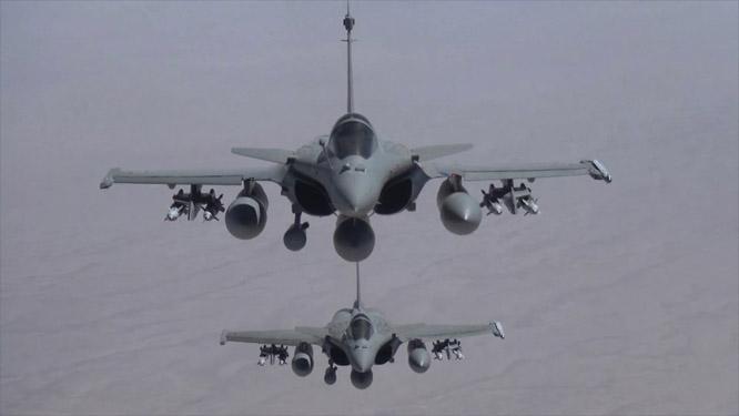 Frankrike har bombet mål i Irak. (Scanpix)