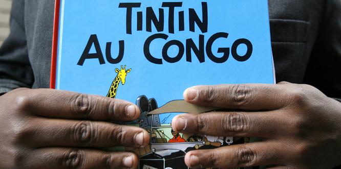 Flere mener at dette Tintin-heftet er rasistisk. (FOTO: AFP/SEBASTIEN PIRLET)