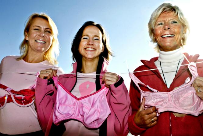 Rosa sløyfe-aksjonen er et av Kreftforeningens tiltak. (Foto: Jan Tomas Espedal/Aftenposten)