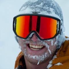 Who else likes to exfoliate the hard way like @brodiemitchell ? P: @oligagnonphoto #chowder #powder #facialtime