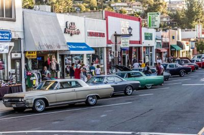 la-mesa-50s-car-show